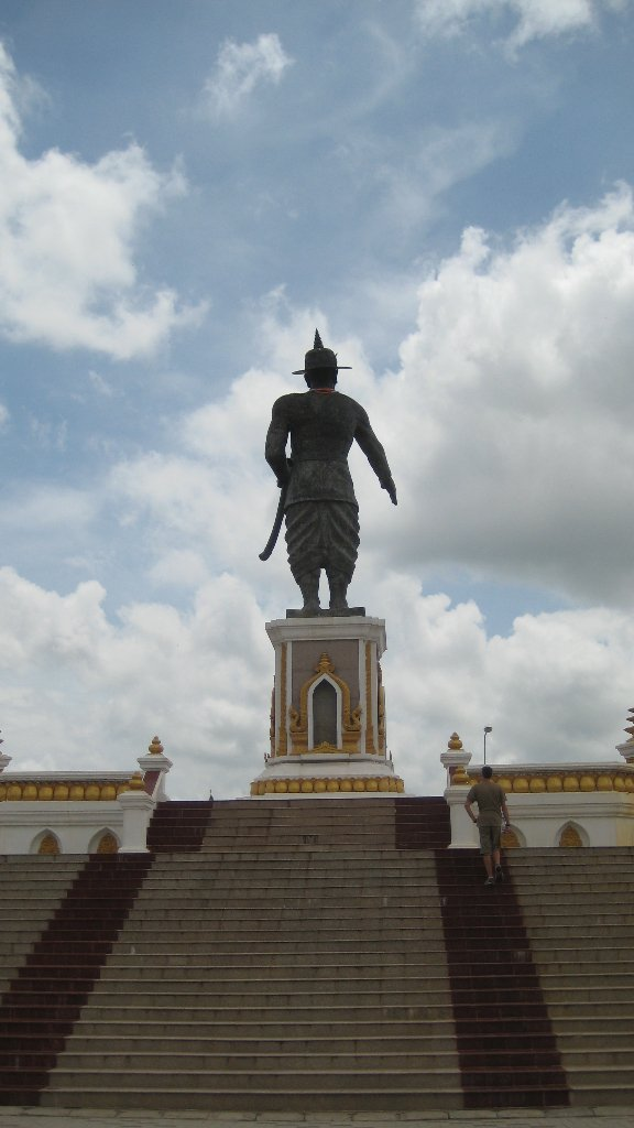 Statue des Obermackers in Laos